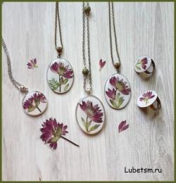 Натуральные цветы в смоле
